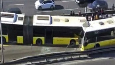 صورة حادث كارثي في اسطنبول! تتصادم المتروباصات وجها لوجه