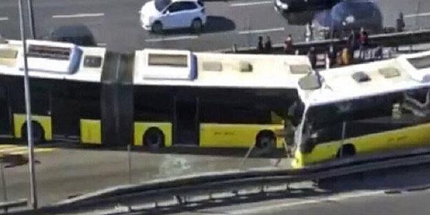 كارثي في اسطنبول تتصادم المتروباصات وجها لوجه - حادث كارثي في اسطنبول! تتصادم المتروباصات وجها لوجه