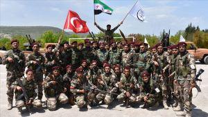 الجيش التركي يرسل بتعزيزات عسكريا جديده إلى الشمال السوري في إدلب
