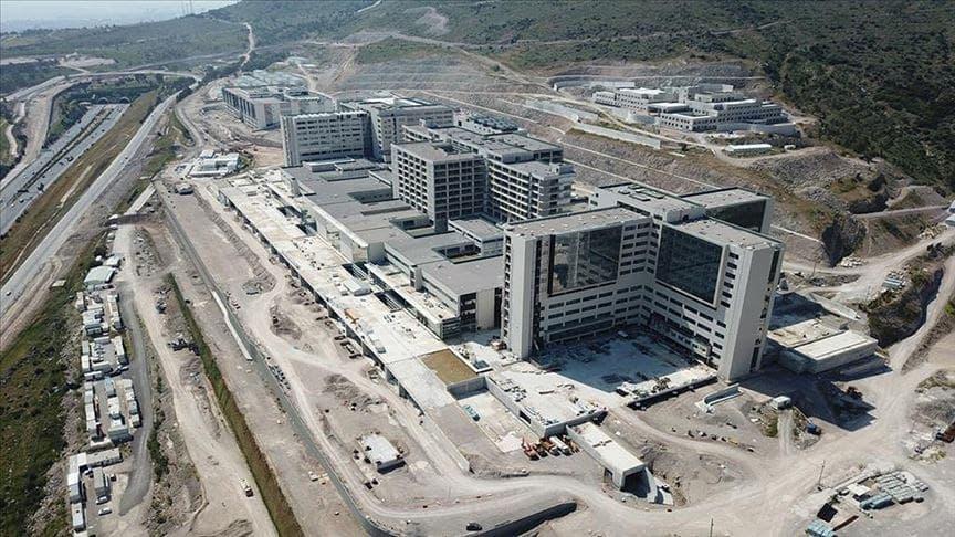 بناء ثالث أكبر مستشفى في تركيا مستمر بنجاح …في ازمير
