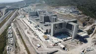 صورة بناء ثالث أكبر مستشفى في تركيا مستمر بنجاح …في ازمير
