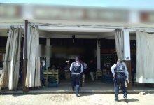 صورة ردة فعل صـ.ــ.ـادمة من امرأة سورية من زوجها الكويتي بعد خلاف بينهما في مركز الشرطة