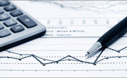 خبير اقتصاد تركي: رفع أسعار الفائدة مفاجأة إيجابية لليرة التركية – Mada Post