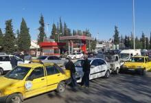 صورة على وقع أزمة الوقود.. مشاجرة على الهواء مباشرة بين إعلامية موالية وعنصر تابع لقوات الأسد