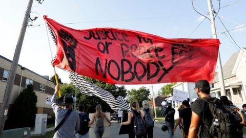 """1599460940 8782844 1343 756 6 110 - """"أعاني من ألم دائم"""".. ضحية عنصرية الشرطة الأمريكية يتحدث علناً للمرة الأولى"""
