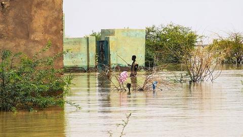 1599479324 8783382 854 481 4 2 - وصول أول طائرة مساعدات أمريكية لمتضرري الفيضانات في السودان