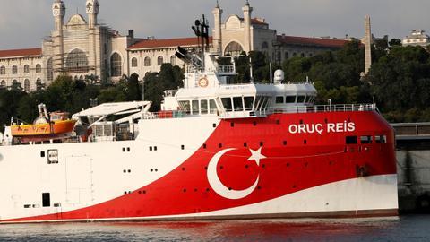 """1600069527 8623945 2393 1347 12 116 - عودة سفينة """"أوروتش رئيس"""" إلى الساحل نشاط روتيني"""