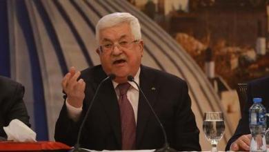 صورة عباس رفض ضغوطاً عربية ودولية للحوار مع واشنطن