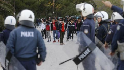 1600843428 6812470 2970 1672 14 163 - عنف وترحيل قسري.. شكوى أوروبية من انتهاك اليونان حقوق طالبي اللجوء