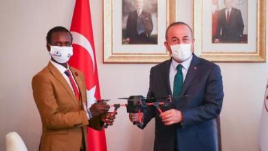 صورة بتوصية من جاوش أوغلو.. الموهوب الصومالي غوليد عبدي يستكمل تعليمه بتركيا