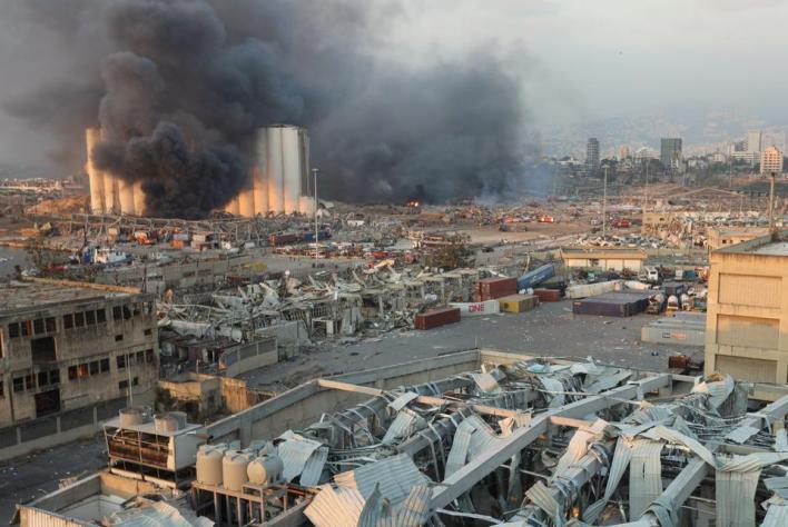 انفجار ضخم يهز العاصمة اللبنانية بيروت ويخلف قتلى وعشرات الإصابات