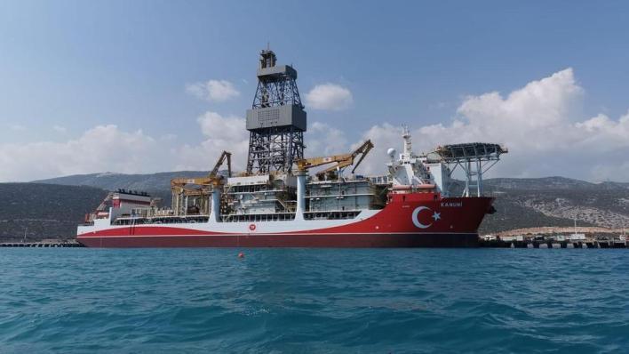 """8843713 1581 890 7 108 - سفينة """"القانوني"""" التركية تقترب من التنقيب في البحر الأسود"""