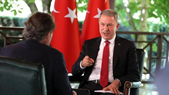 """8885001 1158 652 41 116 - """"يصب الزيت على النار"""".. وزير الدفاع التركي يرفض تدخلات ماكرون شرق المتوسط"""