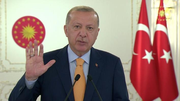 أردوغان يقول إن الدول التي أعلنت نيتها فتح سفارات بالقدس تساهم في تعقيد القضية الفلسطينية