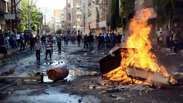 """8963477 2474 1393 12 90 - اعتقالات واسعة بحق المتهمين.. ما أحداث """"كوباني 2014"""" في تركيا؟"""