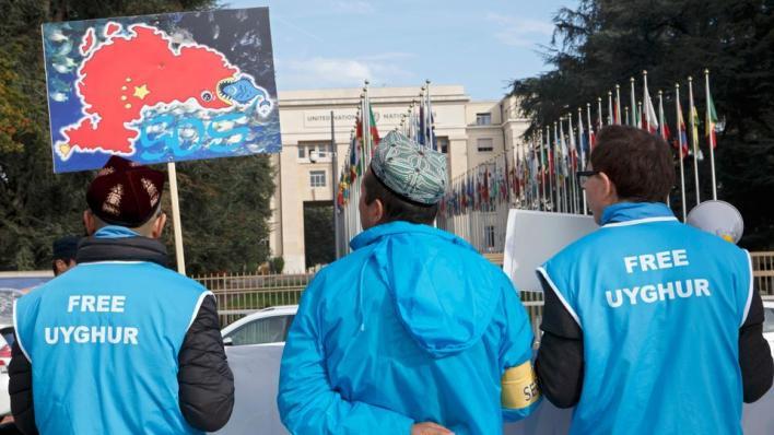 الصينتسيطر على إقليم تركستان الشرقية منذ عام 1949، وهو موطن أقلية الأويغور التركية المسلمة