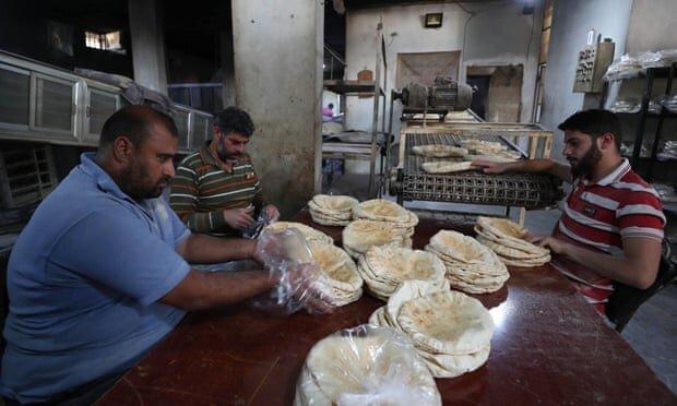 سوريا الغارديان 1 - الغارديان: قرار جديد لنظام الأسد قد يوصل سوريا للمجاعة - Mada Post