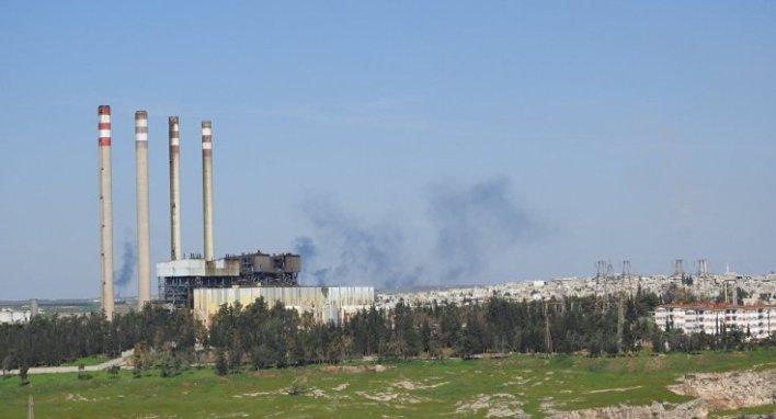 1039388336 - حكومة الأسد تعلن عن وصول ناقلتي غاز وناقلة نفط إلى سوريا