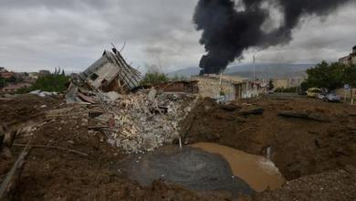 صورة قوات أرمينية تقصف مدينة أذربيجانية ومناطق محتلة بقره باغ