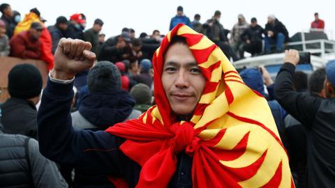 1601985360 9132486 4616 2599 9 316 - قرغيزستان.. إلغاء نتيجة الانتخابات والمعارضة تشكل مجلساً لتسيطر على الأوضاع