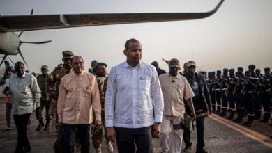 صورة الإفراج عن 12 مسؤولاً مدنياً وعسكرياً في مالي اعتقلوا إثر الانقلاب