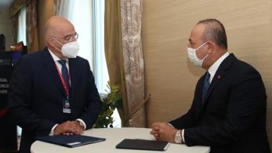 صورة جاوش أوغلو يبحث مع نظيره اليوناني قضايا ثنائية وإقليمية
