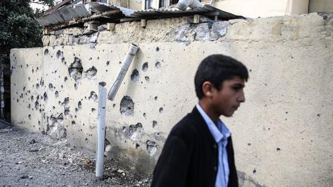 1602343607 9184131 5132 2890 51 35 - بعد إعلان الهدنة.. دمار مدينة ترتر الأذربيجانية يصدم ساكنيها