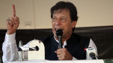 1602507456 4667510 4246 2391 21 16 - رئيس الوزراء الباكستاني يتهم الهند بإشعال صراع طائفي في باكستان
