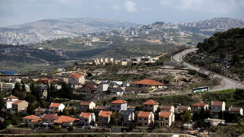 1602678606 6694641 5417 3050 54 585 - إسرائيل تصادق على بناء 2166 وحدة استيطانية بالضفة الغربية المحتلة