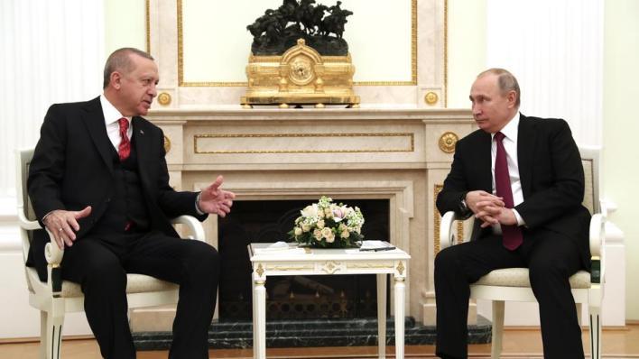 أردوغان يبحث مع بوتين قضية قره باغ والوضع في سوريا وليبيا