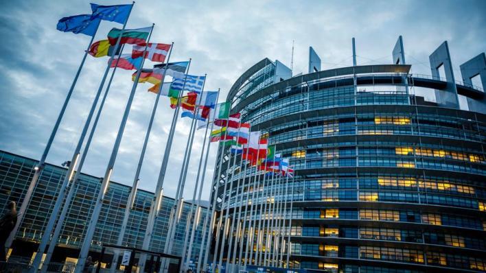 طالب نواب البرلمان الأوروبي بإلغاء تمثيل الاتحاد الأوروبي في قمة مجموعة العشرين التي ستعقد في السعودية، لعدم إضفاء شرعية على إفلات السعودية من العقاب