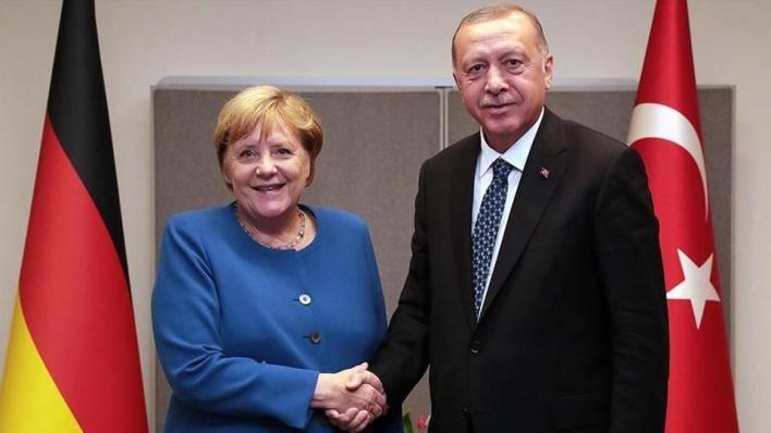 9139579 854 481 4 2 - أردوغان وميركل يبحثان التطورات في القوقاز وشرقي المتوسط