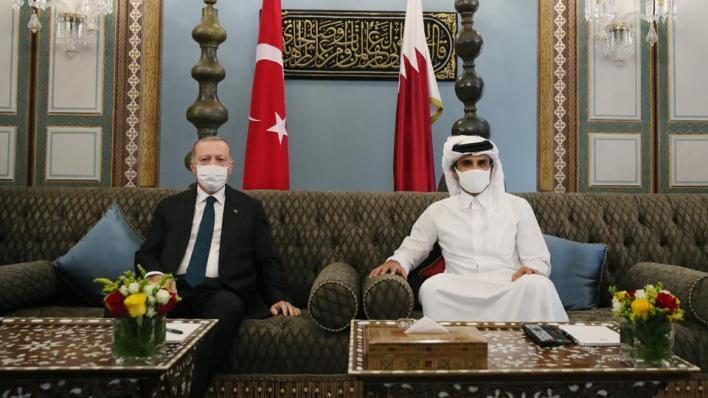 الرئيس التركي رجب طيب أردوغان يزور قطر ويلتقي أمير البلاد الشيخ تميم بن حمد آل ثاني
