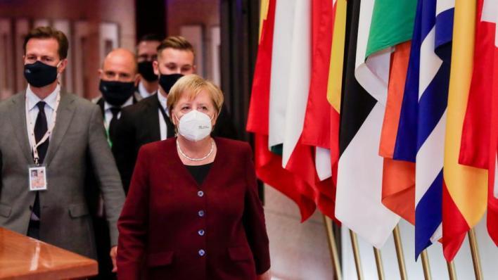 المستشارة الألمانية أنجيلا ميركل تدعو لخفض التوتر في البحر المتوسط