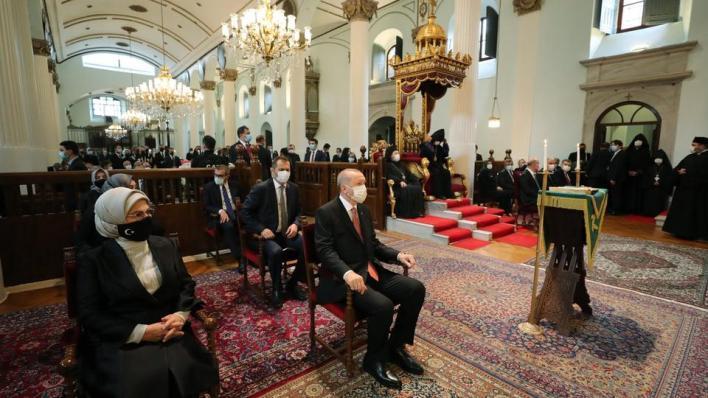 9326609 1187 668 11 66 - أردوغان يشارك بتشييع جنازة برلماني تركي من أصل أرميني
