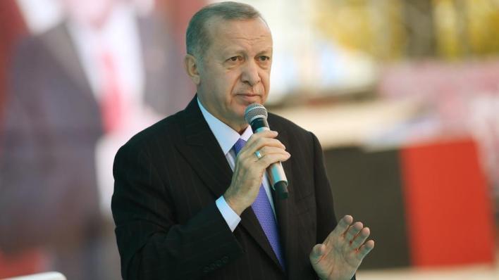 أردوغان:كل إساءة لنبينا الكريم تستهدف المسلمين جميعاً
