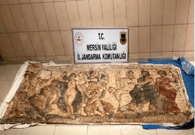 IMG ٢٠٢٠١٠١٤ ١٢٤٢٠٣ - السلطات التركية تقبض على ثلاثة سوريين حاولوا بيع لوحة فسيفسائية تعود للعصر الهلنستي