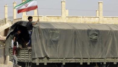صورة برعاية ميليشيات إيران.. شاحنات تحمل مخدرات تدخل البوكمال