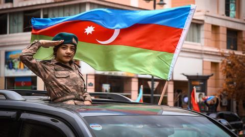 1604987466 9506050 3528 1987 12 262 - علييف يعلن انتصار أذربيجان وقوات حفظ سلام تستعد للانتشار في قره باغ