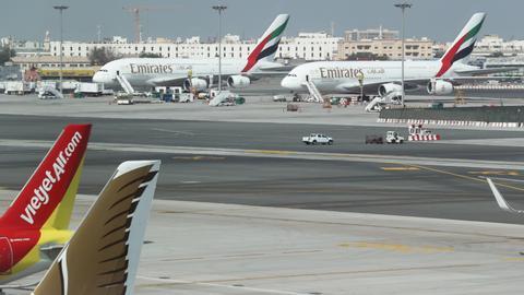 1605767265 1774350 3463 1950 17 115 - الإمارات تقيّد منح التأشيرة للتونسيين
