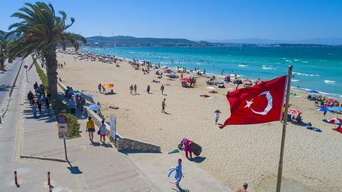 1606131858 5139017 854 481 4 2 - تركيا تستقبل أكثر من 13.5 مليون سائح في الـ10 أشهر الأخيرة