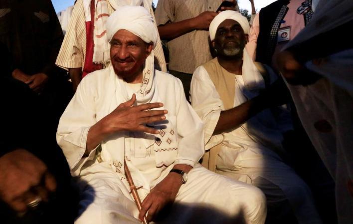 2681217 3466 2202 17 11 - رحيل أعرق السياسيين السودانيين في أشد ظروف السودان حرجاً