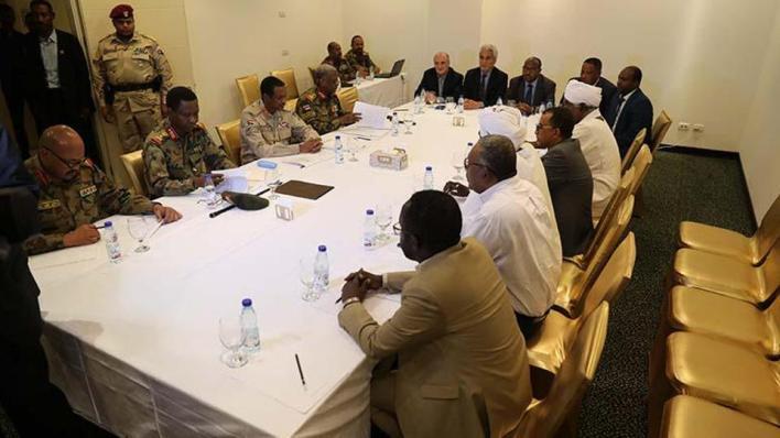 4109136 792 446 4 43 - مد أجل تشكيل برلمان السودان حتى نهاية ديسمبر