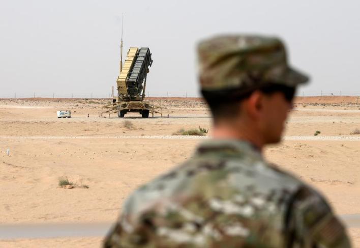 صحف أمريكية قالت إن واشنطن سحبت بطاريات باتريوت وجنوداً من السعودية