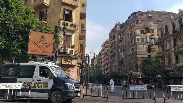 """9534239 974 548 17 0 - """"بوعزيزي"""" جديد.. مصري يضرم النار في نفسه ويشعل مواقع التواصل الاجتماعي"""
