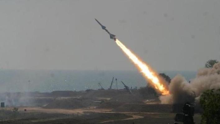 جماعة الحوثي اليمنية تعلن استهداف محطة أرامكو بمدينة جدة السعودية بصاروخ