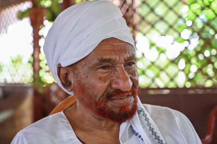 9629962 3958 2634 19 13 - رحيل أعرق السياسيين السودانيين في أشد ظروف السودان حرجاً