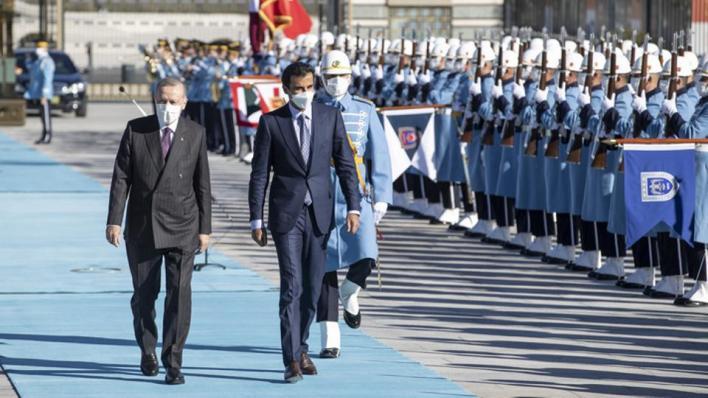 أردوغان يستقبل أمير قطر في العاصمة أنقرة