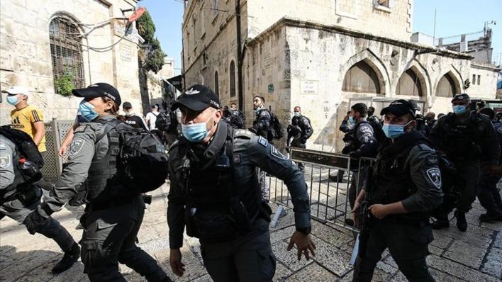 جيش الاحتلال يفرق مسيرات منددة بالاستيطان والشرطة تمنع فلسطينيين من الصلاة بـ