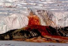 صورة حل لغز شلالات الدم بقارة أنتاركتيكا بعد قرن من الغموض بالصور